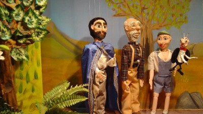 Ξύλινα παραμύθια – παράσταση με μαριονέτες